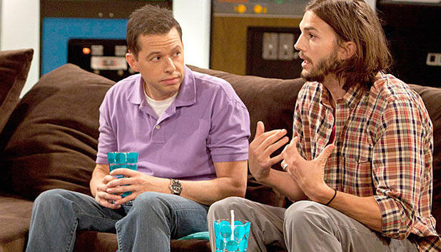 Two and a Half Men - Ashton wird heute ein 'Man'