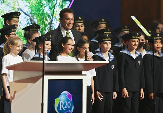 Arnold Schwarzenegger beim Klimagipfel in der Hofburg