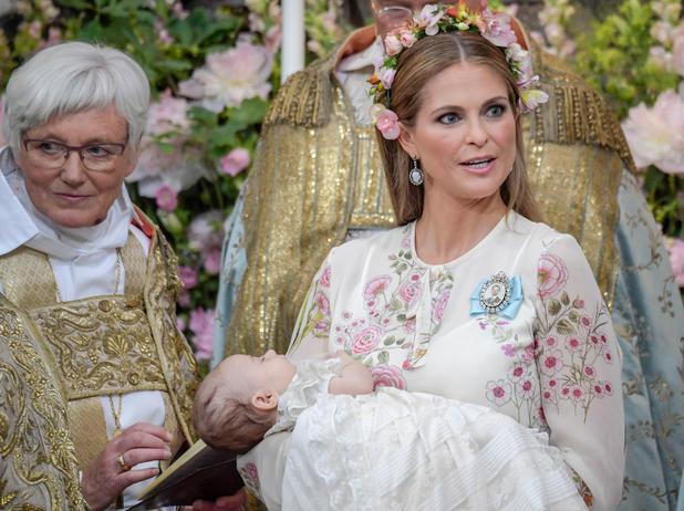 Prinzessin Adrienne Wurde Getauft Newsat