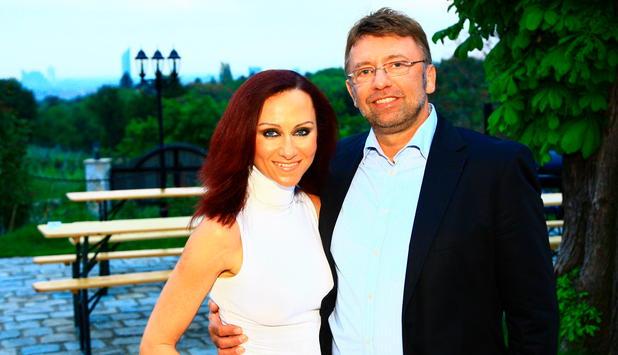 Scheidung von Website ukIst Lindsey vonn dating tiger