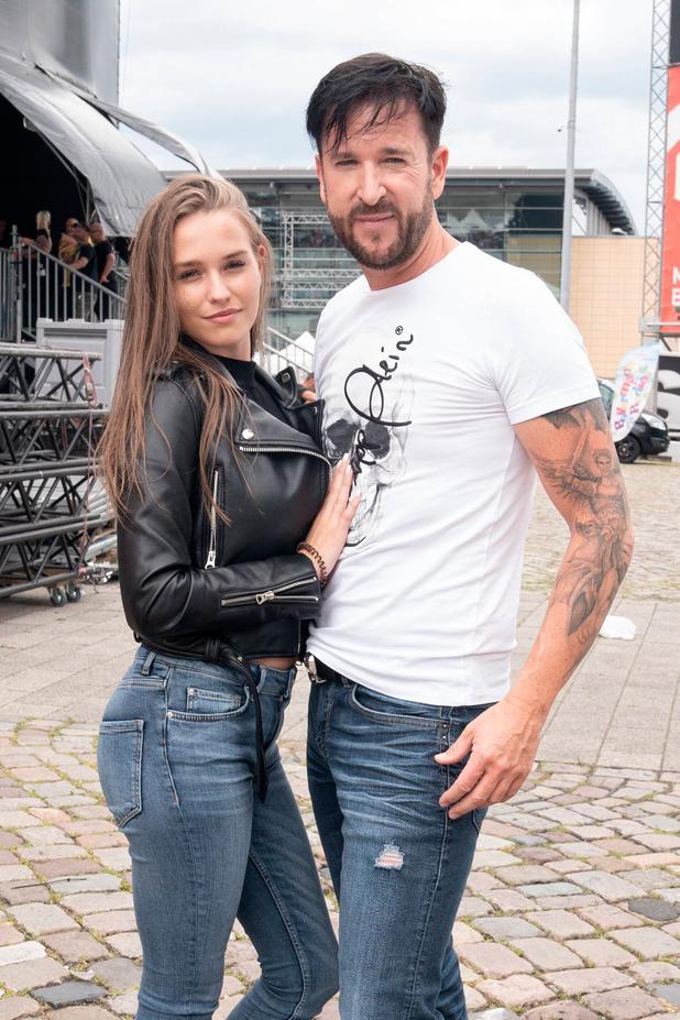 Freundin nackt wendler Laura Müller
