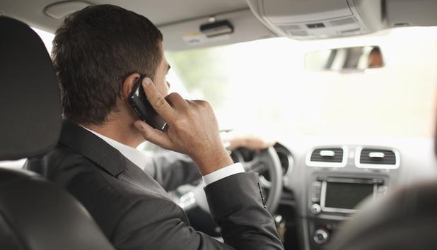Bildergebnis für telefonieren beim autofahren
