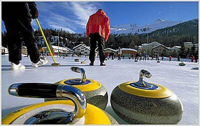 Curling in Sils