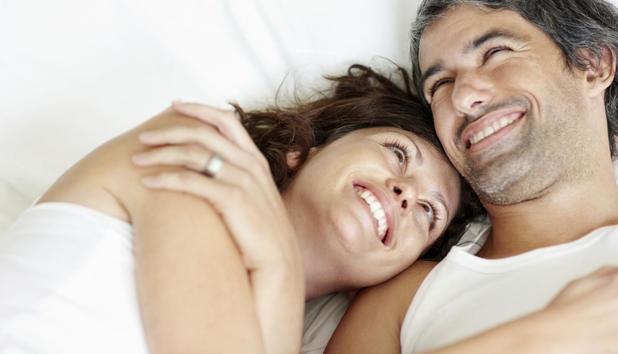Dating erotik kuscheln affäre