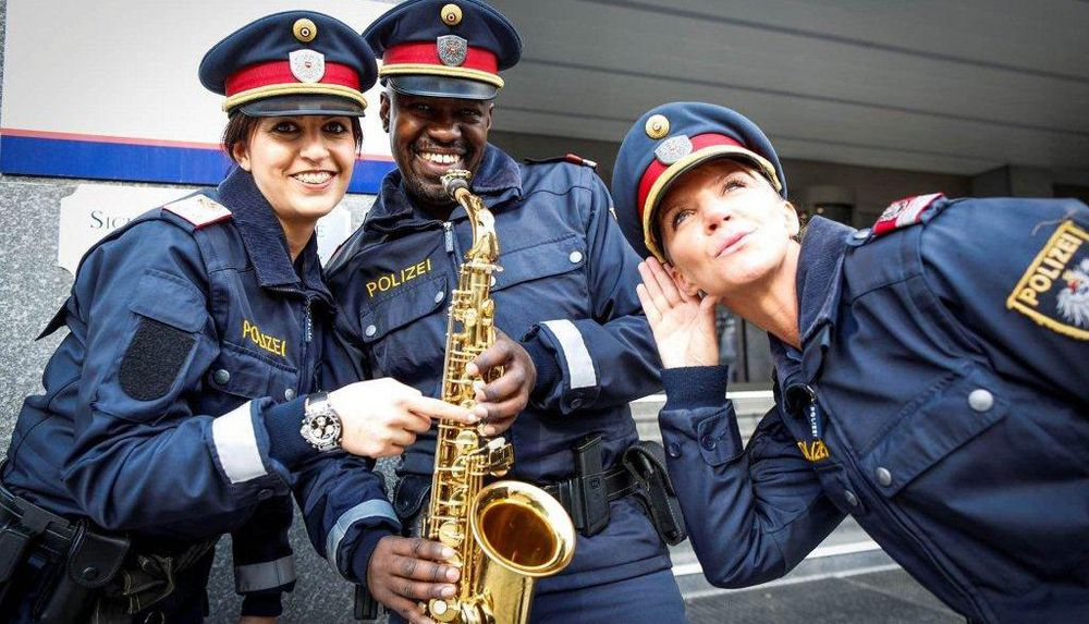 Wien Polizei Trifft Jugend Newsat