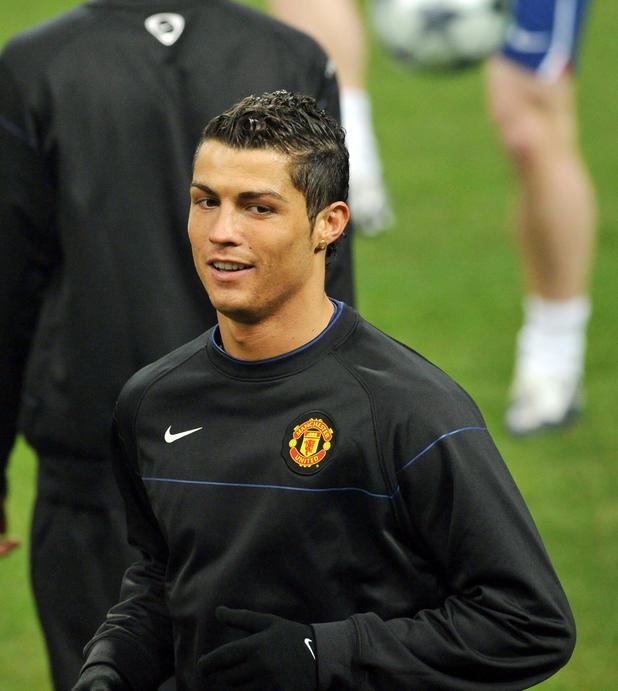 Waren des täglichen Bedarfs wie man serch am besten auswählen Cristiano Ronaldos Rückkehr nach Manchester für 180 Mio. Euro