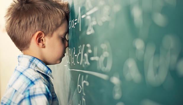 Beim lernen fuer die schule vom pruefer gefickt 9
