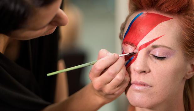 Schminktutorial Fur Ziggy Stardust Prinzessin Leia Und Donald Trump