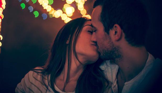 Kuss mit viel zunge