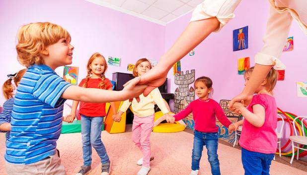 Alltag Im Kindergarten Was Eine Pädagogin Erzählt Newsat