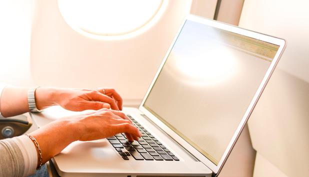 Europa: Laptop darf vorerst auf Transatlantikflügen weiter mit in die Kabine