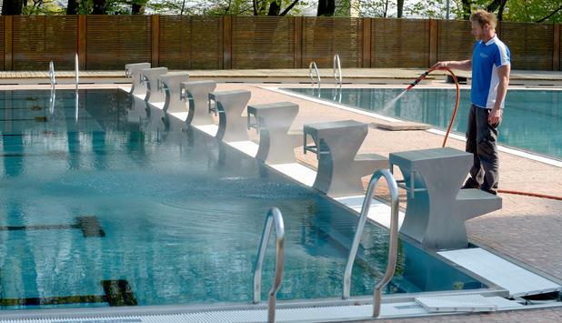Schwimmen   Chlor Im Schwimmbad: Wenn Es Riecht, Ist Was Faul