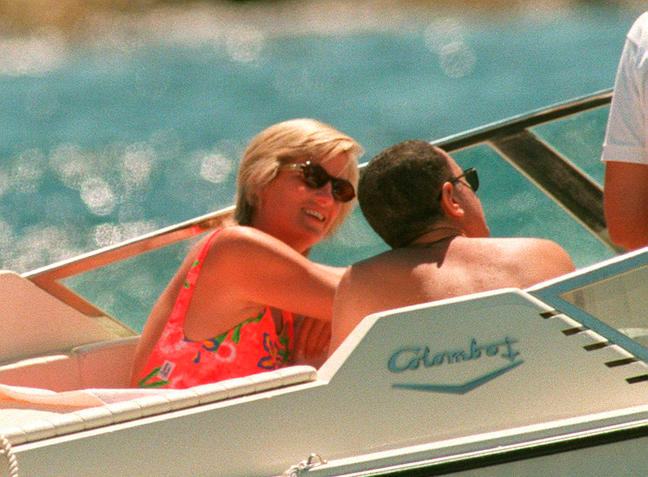 N°1520 Saint Tropez French Riviera August 07th 1997 Non exclusive Lady Di and Dodi Al Fayed on holi
