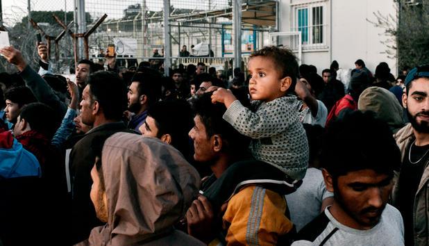 Bildergebnis für fotos von flüchtlingen in 2018