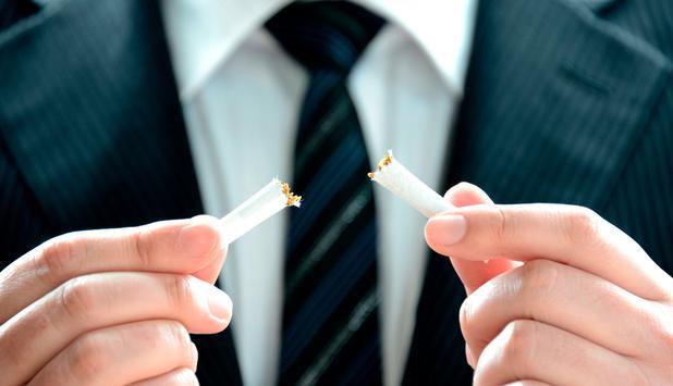 Österreicher dürfen in Kneipen weiter rauchen