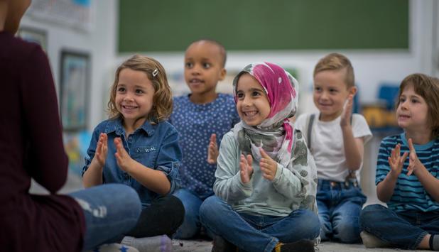 Österreichs Regierung plant Kopftuchverbot für kleine Mädchen